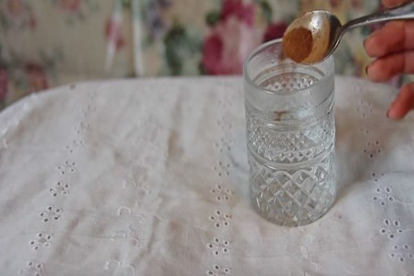Bolondul a világ ezért a zsírégető italért: csak keverd össze ezt a pár dolgot és idd meg éhgyomorra! - Tudasfaja.com