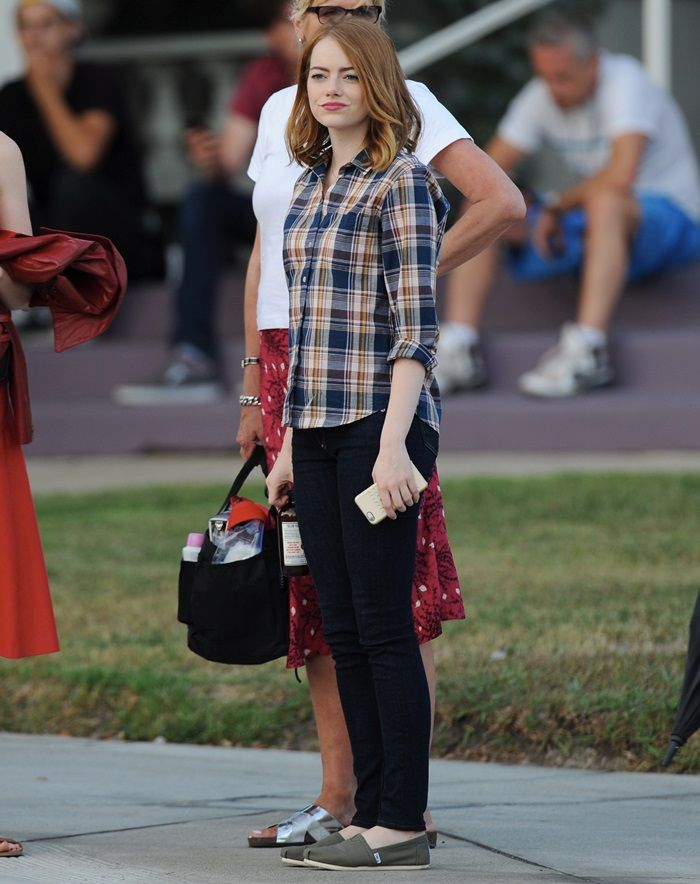 Emma Stone in TOMS shoes on the set of La La Land in Pasadena on August 18, 2015