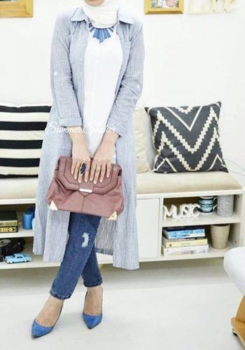 light gray cardigan hijab- How to wear long tunic with hijab http://www.justtrendygirls.com/how-to-wear-long-tunic-with-hijab/