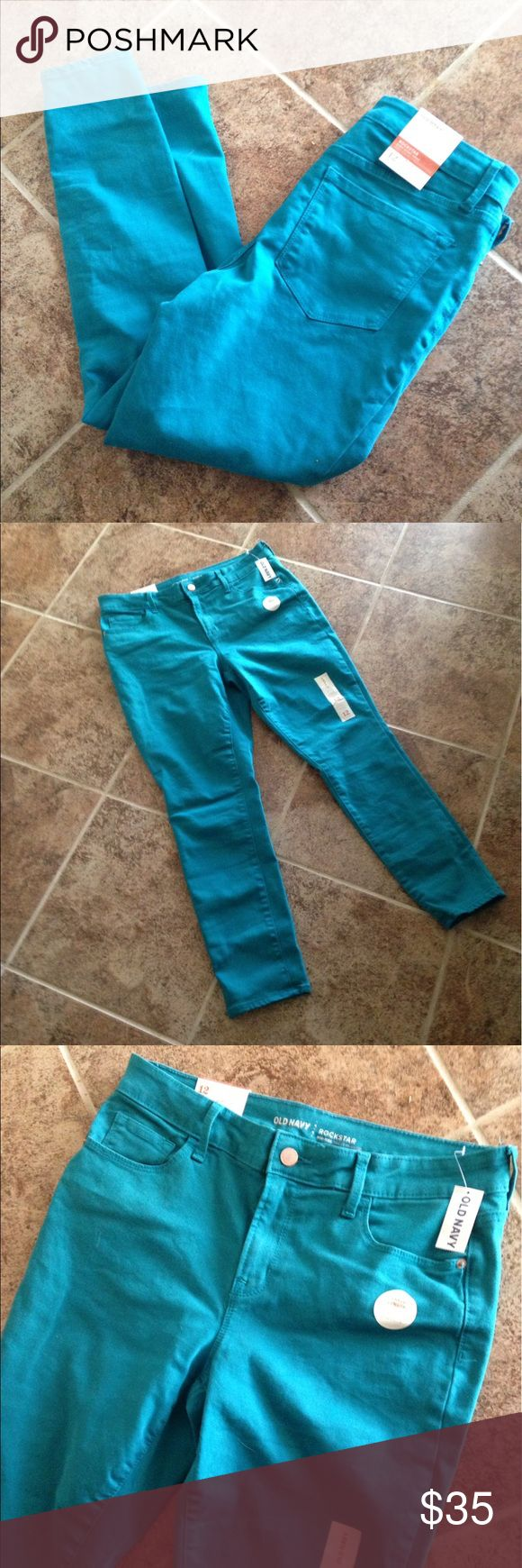 NWT Old Navy Rockstar Pop Color Skinny Jeans NWT Old Navy Rockstar Pop Color Skinny Jeans. Color is tattle teal. True to size! Open to offers! Old Navy Jeans Skinny