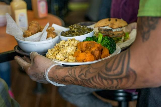 Restaurant Highlight Nuvegan In Richmond Va The Veggie Blog Vegetarian Restaurants Dc Vegan Soul Food Raw Food Recipes