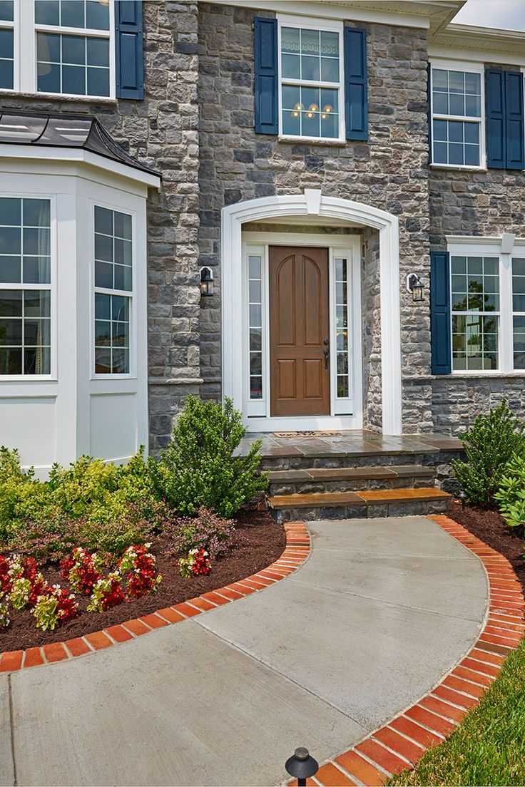 This Amherst model home wows guests before they even reach the threshold. | Virginia | Richmond American Homes