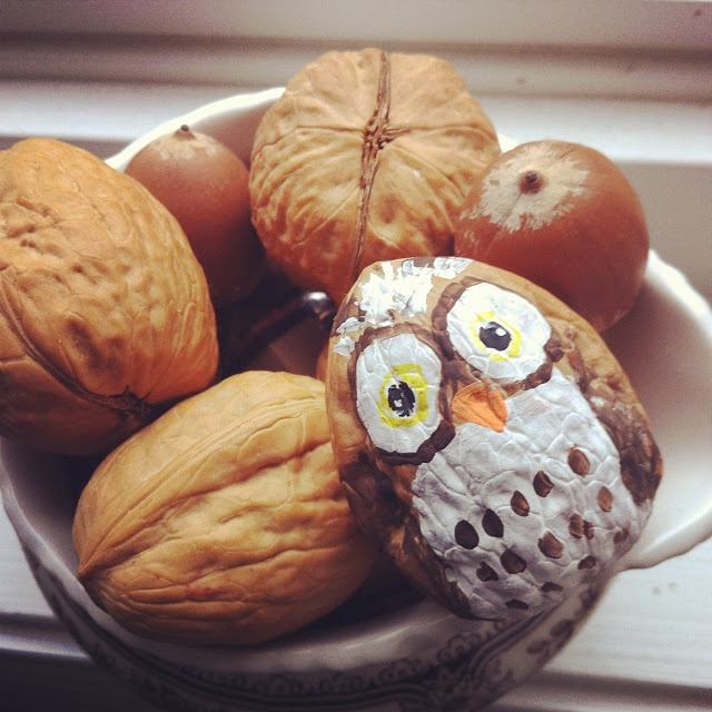 Painted walnuts