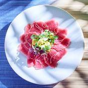 Carpaccio de thon et avocat - une recette Poissons en tartare - Cuisine