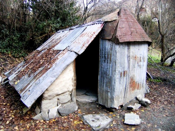 More use of tin with this hut