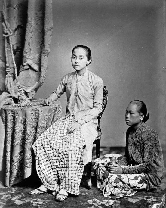 Java, Indonesia. Raden Ajoe Danoe Dirdjo, the young wive of Raden Saleh and her personal maid 1875 1885