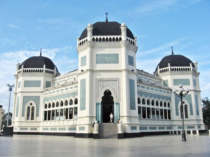 Masjid Raya Medan Tempat Wisata Religi di Medan - Sumatera Utara
