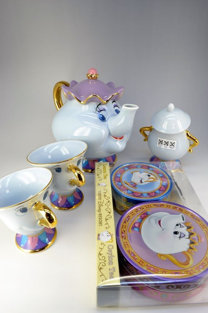 Disney resort limited Beauty and the Beast Mrs. Potts pot and Chip Tea cup set