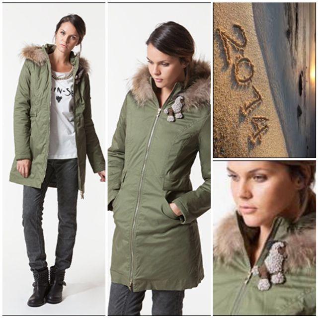 Parka | Jacket | Transeasonal | Twin-Set Simona Barbieri. #fashion #twinsetsimonabarbieri #jacket #parka
