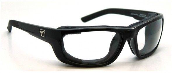VENTUS: Utilizan los últimos avances tecnológicos, para poder adaptar lentes graduados, sobre modelos de gafas deportivas con un look base externa + 8.00 envolvente y hermética, especial para la práctica deportiva y actividades al aire libre. Lentes solares de alta gama y prestaciones Trivex (NXT): PRINCIPALES VENTAJAS, Ligereza y calidad óptica