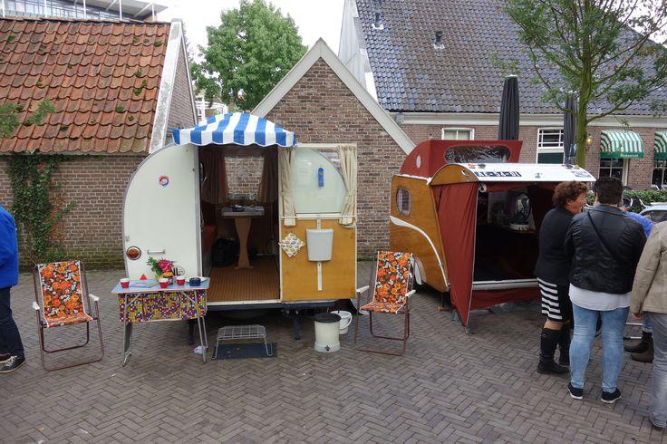 Emmen on wheels, oude caravan.