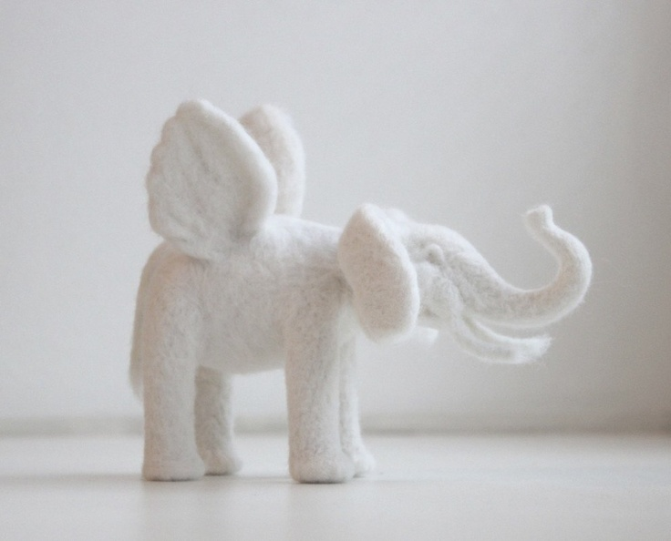 elefant with wings