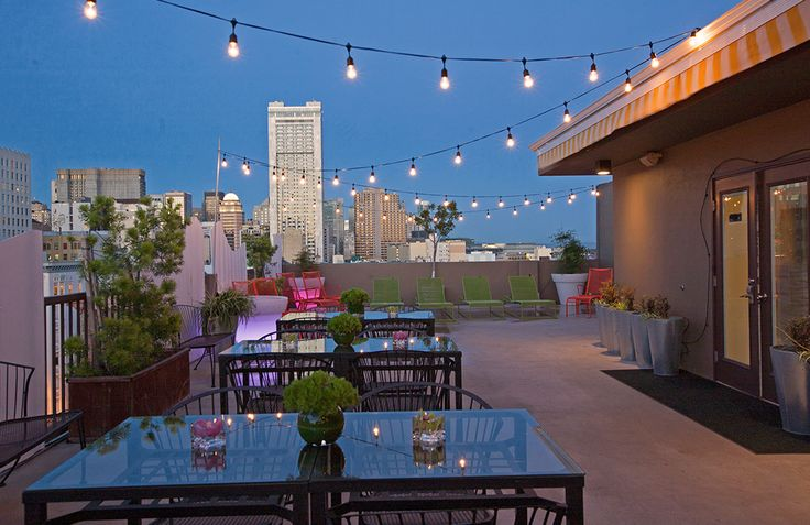 Staying at Cova Hotel, San Francisco? This summer all COVA guests are entitled to enjoy a wine reception at the Cova Rooftop Terrace http://bit.ly/2vBu9uL #Rooftopbars #SanFrancisco
