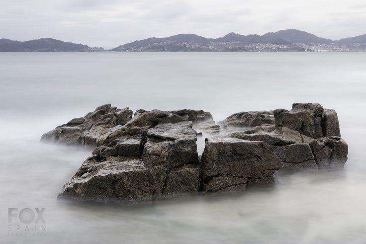 The Rock / La Roca Playa Fontaiña, Vigo. Paisaje Larga Exposición Diurna en Vigo Foxspain Fotografía  #vigo #galicia #led #ledphotography #foxspain #foxspainfotografia #largaexposicion #largaexposiciondiurna #largaexposiciondiurnavigo #longexposure #longexposureday #longexposuredaylight #paisaje #landscape #lucroit #lucroitlandscape #efectoseda #filtrosnd #nd