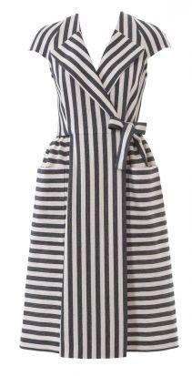 Платье с запахом и накладными карманами