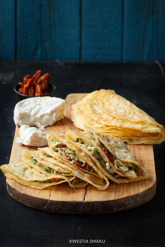 Naleśniki bezglutenowe gluten-free pancakes with zucchini, dried tomatoes and goat cheese by kwestiasmaku