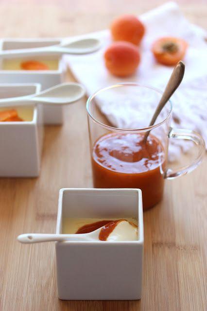 Panna cotta ultra crémeuse au chocolat blanc et aux abricots - Dans la cuisine de Sophie