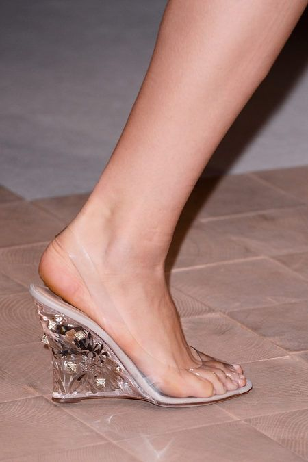Valentino Spring 2013 RTW - cinderella slippers. oh my