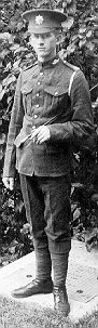 This soldier of the Royal Canadian Regiment is wearing the Canadian 1903 service uniform. This is the Canadian version of the British M1902 uniform adopted after experience in the Boer war showed the value of a simple and inconspicuous uniform. This uniform differs from the British in that it has 9 buttons instead of 7 a standing collar, detachable shoulder straps and pointed cuffs.