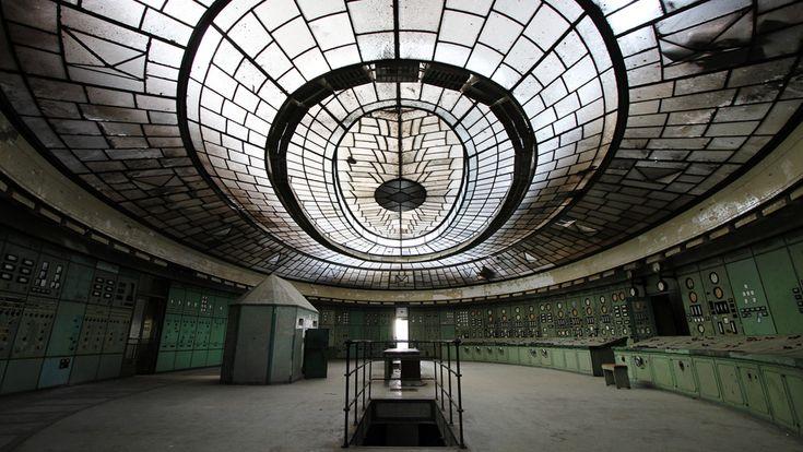 Kelenföld Power Plant http://gizmodo.com/a-rare-glimpse-inside-a-magnificent-abandoned-shrine-t-1000133696