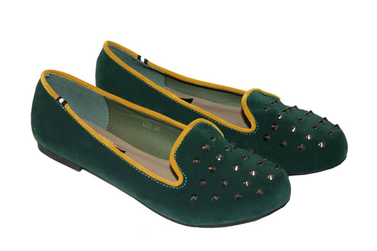 Imagine Accesorios Slippers verdes con tachuelas 29,99 €