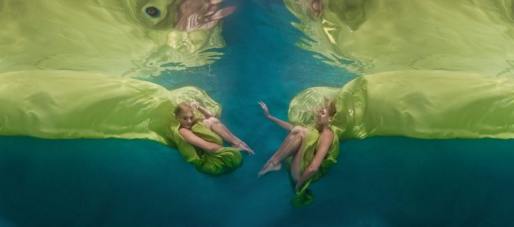 Between Fantasy and Reality | Canvas by Grolsch