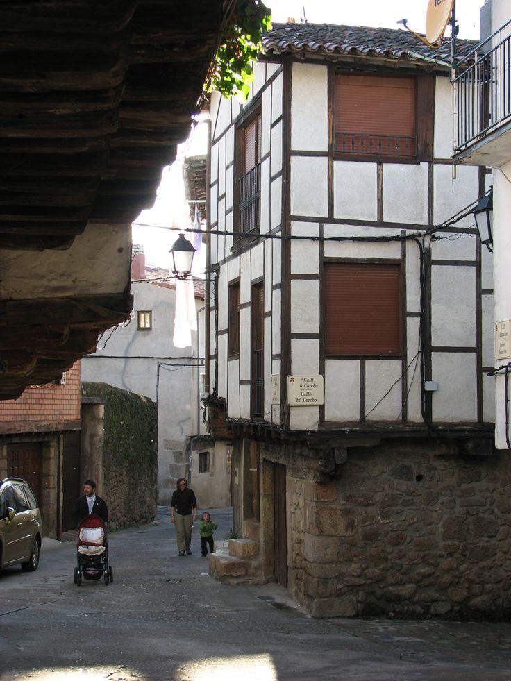 Arquitectura tradicional de entramado de madera en esta casa de San Martín de Trevejo.
