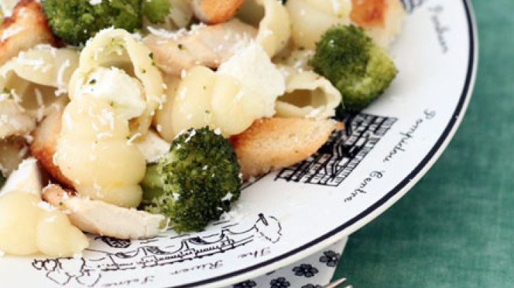 Broccoli, Chicken And Feta Pasta With Parmesan Croutons Recipe ...
