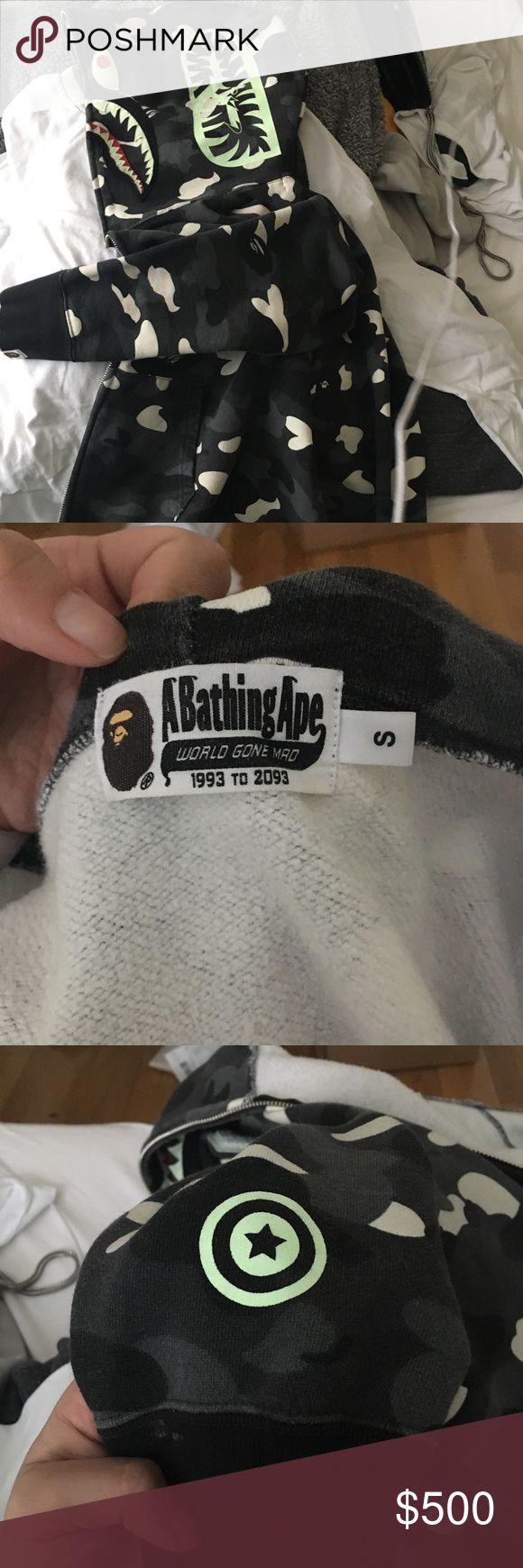 BAPE shark jacket GLOW IN THE DARK  In very good condition. 100% authentic Grey camo Bape Jackets & Coats