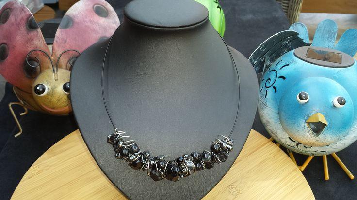 Spiraal met zwarte parels allerlei