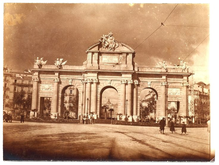 Яндекс.Фотки Мадрид. Ворота Пуэрта де Алькала Альбом путешествия по Европе в 1899,