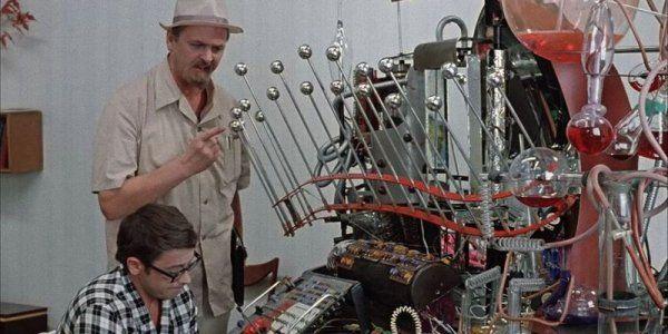 Учёные создали математическую модель машины времени http://actualnews.org/nauka/166674-uchenye-sozdali-matematicheskuyu-model-mashiny-vremeni.html  Американские учёные пытаются создать машину времени, способную отправить путешественников в прошлое или будущее. Используя все известные законы физики, специалисты создают математические модели таких машин, но на практике сталкиваются с проблемой искривления пространства-времени.