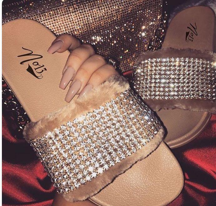 en 2020 | Sandales de sport, Chaussures et chaussettes et