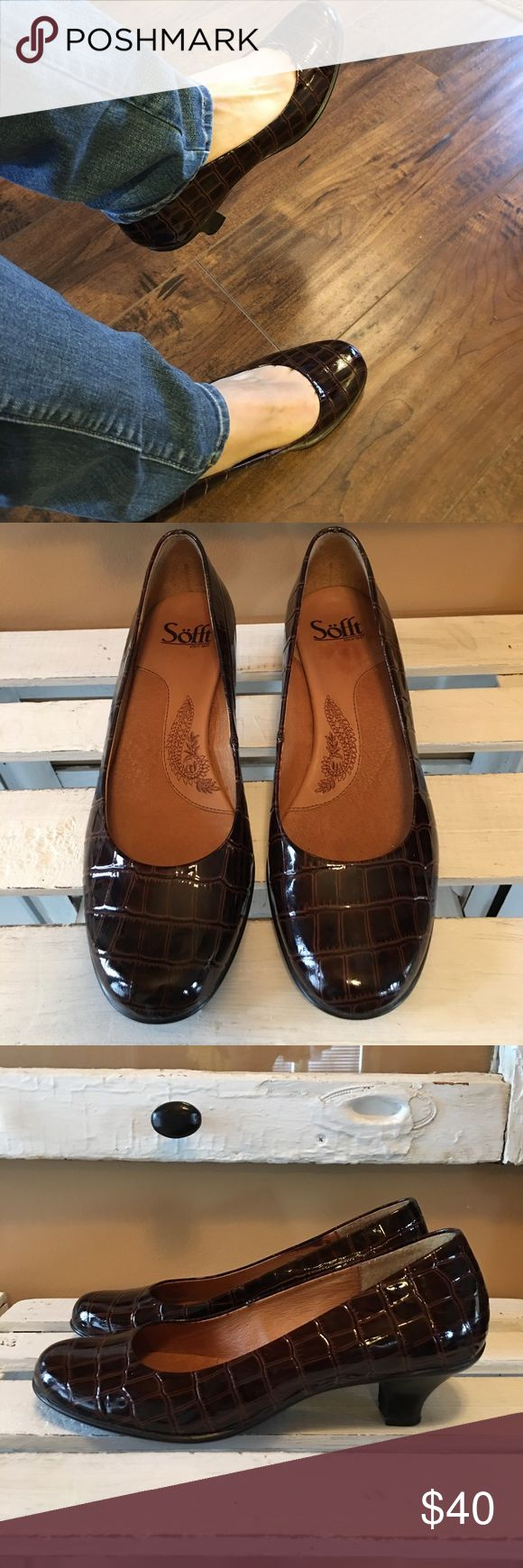 "Sofft women's pumps Great look. Like new condition. Very small scuff on heel, not even noticeable, almost missed it. Smoke free and pet free home. Brownish color, alligator pattern, 2"" heel. Sofft Shoes Heels"