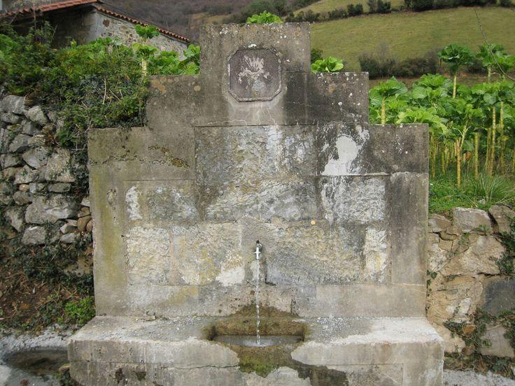 Fuente en Beyu. Belmonte de Miranda
