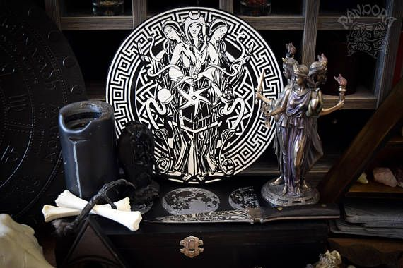 Altar pentacle Hecate Hecate symbol Black and White
