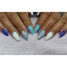 """""""Muszelki :) #semilac #indigo #paznokcie #nails #hybryda #manicurehybrydowy…"""