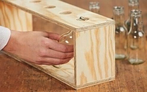 Strumenti utili e procedimento per realizzare un vaso! #vaso #DIY #realizzazionilegno #lavorazionelegno #segaatazza #wood #legno #sega #portavaso