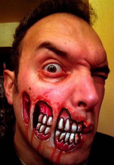 Exposed teeth zombie design Halloween face painting