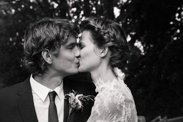 Wilma Wakker her husband Martin and Bette Robbe, Ilya, Sophie Vlaming, Kim Noorda and Romée Fight - Bette's Wedding - Interviews - People - ...