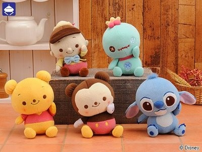 kawaii disney-- I want the scrump doll.