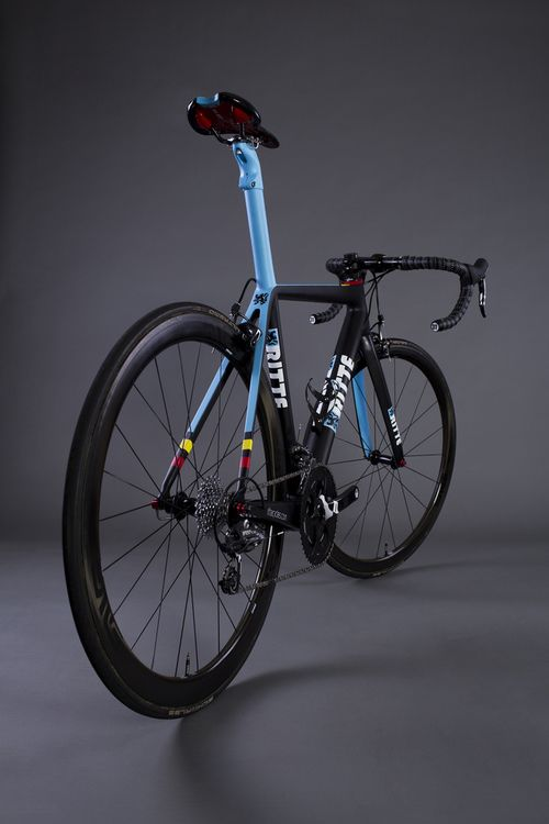 Ritte Cycles, carbon type Vlaanderen 2013 | color Belgian Blue