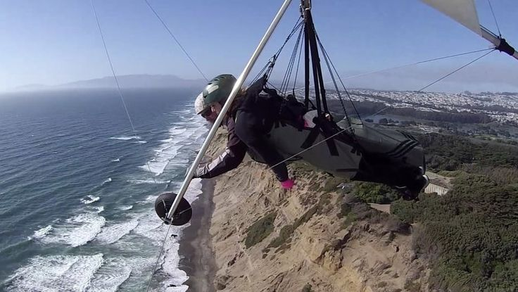 Summon up your inner daredevil and go hang gliding over Fort Funston. | 17 Things To Do In San Francisco If You're In A Rut