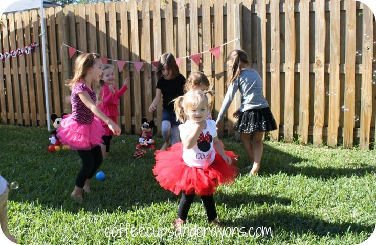 Kids love Mickey and Minnie Mouse and would love a Disney themed birthday party! Here are some fun Mickey and Minnie party games to play! You can have the kids go on a Mickey Mouse Clubhouse adventure.