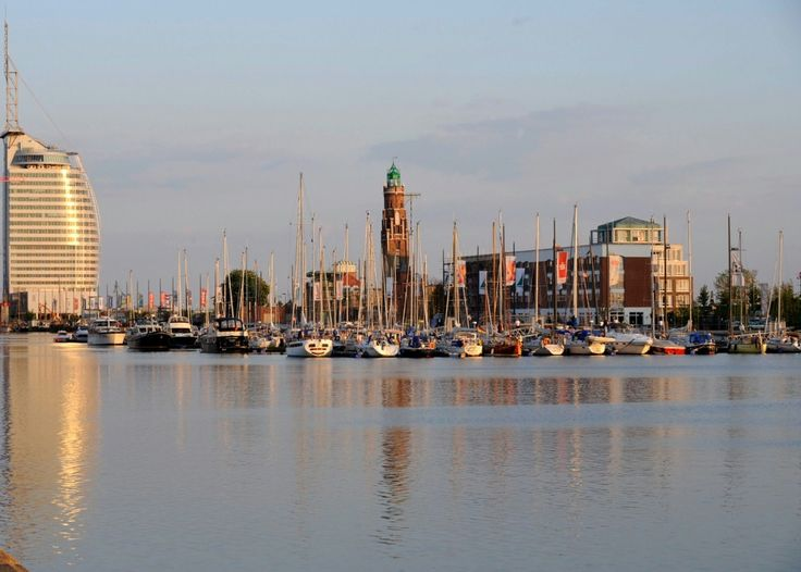 Llyod Marina, Neuer Hafen, Bremerhaven, Deutschland