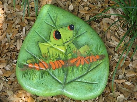 17 best images about garden decor stepping stones on - Hand painted garden stones ...