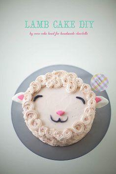 DIY Fluffy Lamb Cake