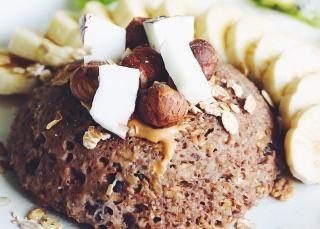 Bowl cake chocolat beurre de cacahuète banane