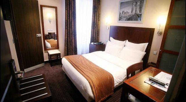 Grand Hotel Francais - 3 Sterne #Hotel - EUR 105 - #Hotels #Frankreich #Paris #11thArr http://www.justigo.at/hotels/france/paris/11th-arr/hotelfrancais_62119.html