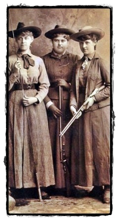 Frontier women. I love the old picture.
